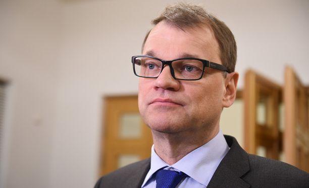 Pääministeri Juha Sipilän mukaan talouden saralla on vielä paljon tekemistä.