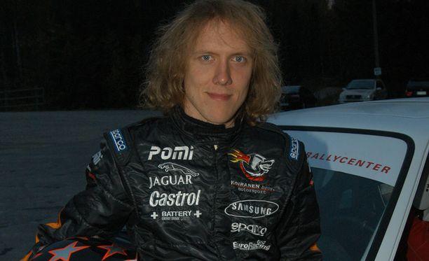 Sipe Santapukki ajamassa rallia vuonna 2004.