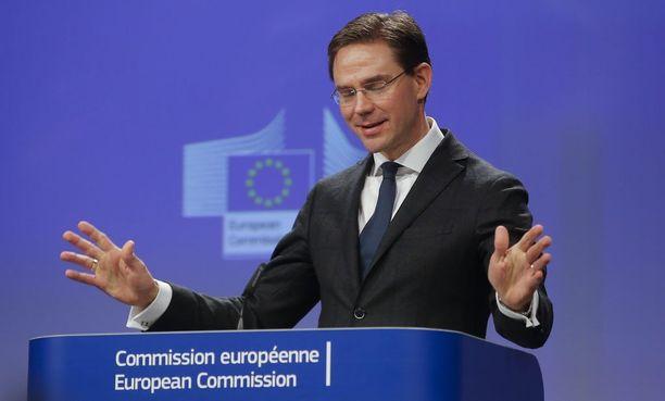 Euroopan komission varapuheenjohtaja, työllisydestä, kasvusta, investoinneista ja kilpailukyvystä vastaava komissaari Jyrki Katainen katsoo, ettei TTIP-sopimusta ole kuopattu.