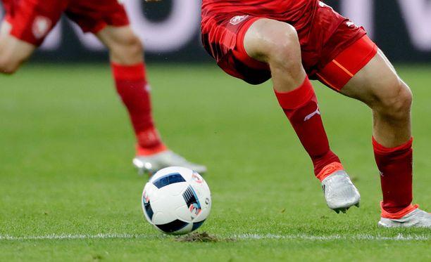 Turkin jalkapalloliitto heitti 94 toimihenkilöä ulos. Kuvituskuva.