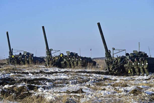 Bellingcat esittää todisteet siitä, että Venäjän asevoimat on käyttänyt tykistöään Ukrainaa vastaan. Kuvituskuva.