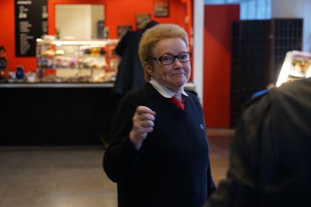 Pirkko Jalovaaralle luettiin syyte rahankeräysrikoksesta torstaina Helsingin käräjäoikeudessa. Tänään häntä itseään kuultiin.