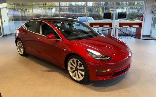 Teslalta agressiivinen rahoituskampanja Suomessa: Model 3 Long Range 525 €/kk