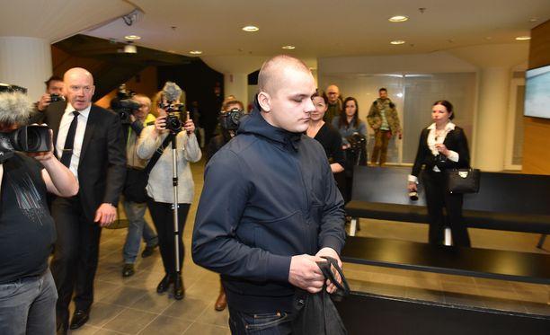 Uusnatsiaktiivi Jesse Eppu Oskari Torniaista syytetään törkeästä kuolemantuottamuksesta ja törkeästä pahoinpitelystä.