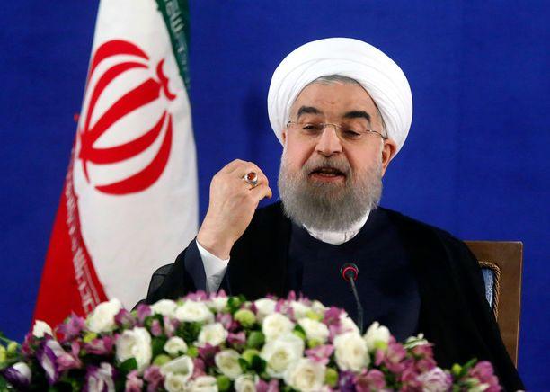 Kuvassa Iranin presidentti Hassan Ruhani.