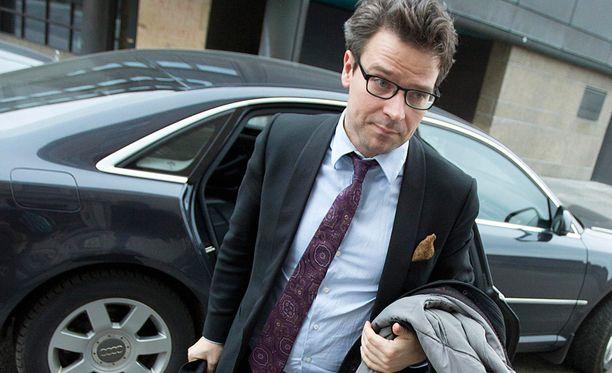 Vihreiden puheenjohtaja Ville Niinistö pyysi anteeksi väärää tietoa Afganistanin palautuslennosta.