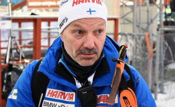 Antti Leppävuori toimii toista kauttaan ampumahiihdon päävalmentajana.