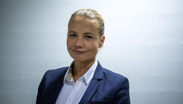 Heidi Arles kommentoi Iltalehdelle joutumistaan rikosepäilyn kohteeksi.