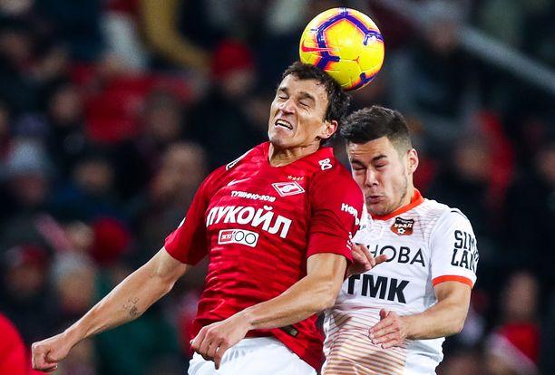 Roman Eremenko puski pallon omaan maaliin ja pohjusti tasoitusosuman.
