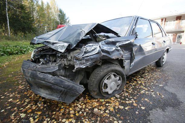 Rattijuoppo tien päällä on aina hengenvaarallinen. Ja vaikka henki säilyisi, niin omaisuusvahingoista voi koitua myös syyttömille taakka.