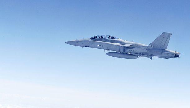 Hornetiin iskenyt mahdollinen jarruvika sai koneen suuntaamaan Ruotsista Tanskaan. Arkistokuva.