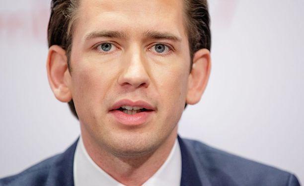 Sebastian Kurz nousee Itävallan liittokansleriksi.