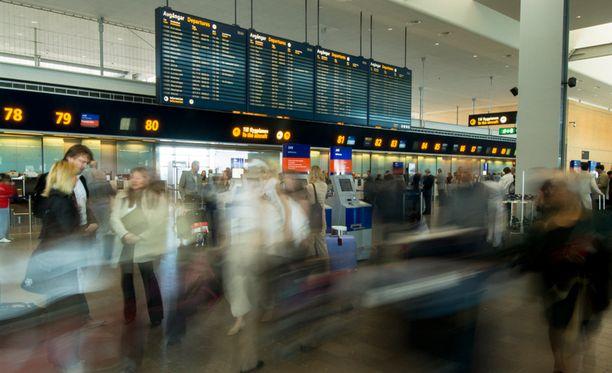 Tapaus sattui matkustajamäärältään Ruotsin suurimmalla lentoasemalla Arlandassa.