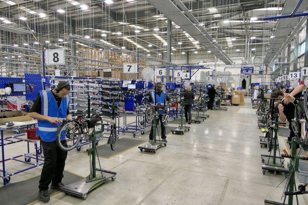 Britannian suurin polkupyörävalmistaja tuottaa Brompton-taittopyöriä toistaiseksi vain Lontoossa. Suurimman osan tuotannosta mennessä vientiin, tehdas joutuu muun vientiteollisuuden tapaan tulevaisuudessa harkitsemaan tuotannon laajentamista EU-yhteismarkkinoiden alueelle.