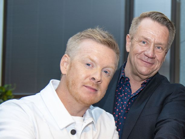 Redrama ja Olli Lindholm tukivat toisiaan.