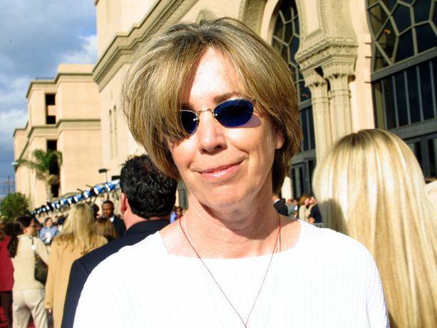 Käsikirjoittaja Melissa Mathison on viime vuosina nähty harvakseltaan julkisuudessa. Kuva vuodelta 2002.