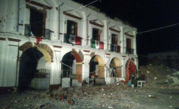 Maanjäristys tuhosi pahoin Juchitanin kaupungin keskustaa Meksikossa.