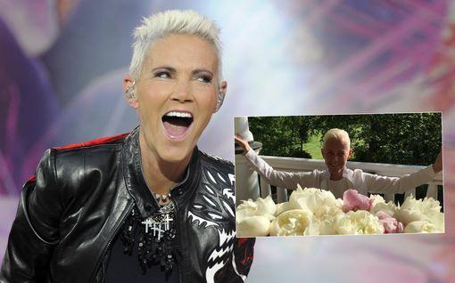 Roxetten Marie Fredriksson kuoli 61-vuotiaana - tässäkö viimeinen kuva ruotsalaistähdestä?