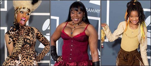 Erikoisia asukokonaisuuksia nähtiin Lady Gagan lisäksi muun muassa Nicki Minaj'n, Gramma Funkin ja Willow Smithin yllä.