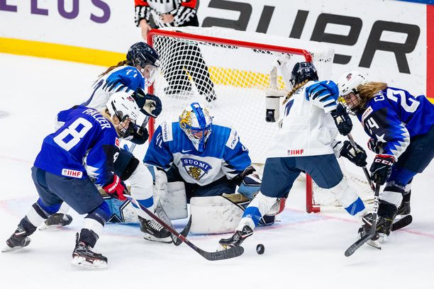 Noora Räty pelasi uskomattoman finaalin Suomen maalilla.