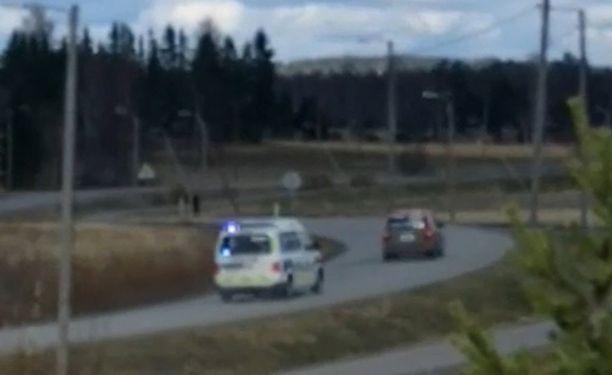 Tilanne sai alkunsa, kun kuljettaja lähti pakoon, ja poliisit perään.