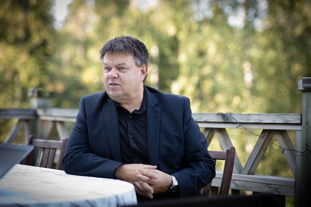 Petteri Taalas puhuu ilmastoasioista niin päättäjille kuin kansallekin.