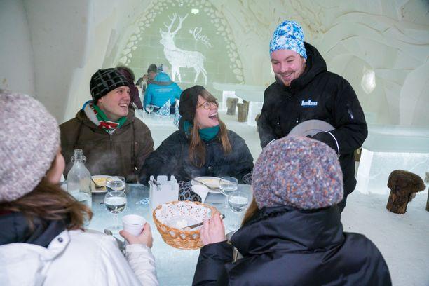 Lumilinnan ravintola palvelee ensi vuodesta alkaen ympärivuotisesti.