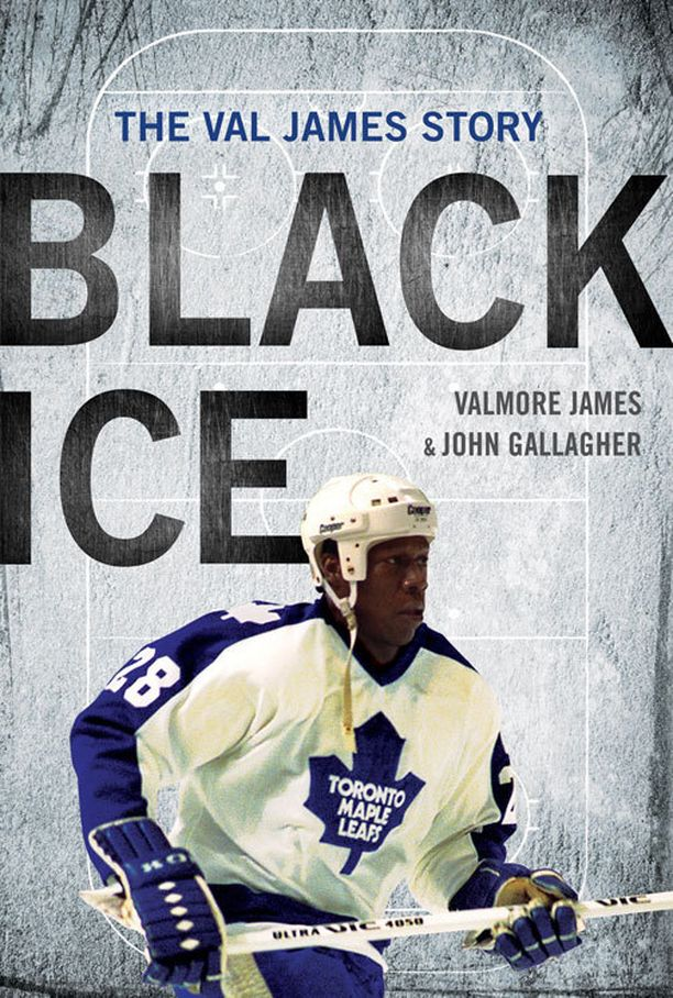 Valmore Jamesin tuore elämäkerta Black Ice kuvaa ensimmäisen mustaihoisen yhdysvaltalaisen NHL-kiekkoilijan karmaisevaa arkea kiekkokaukaloissa.