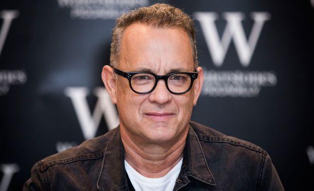 Tom Hanks kosi miehen kultaa tämän puolesta.