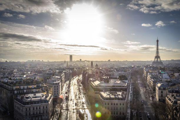 Pariisiin kelpaa matkata ilman seuralaistakin.