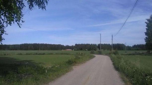 Tältä samassa paikassa näytti kesäkuun alussa.