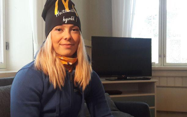 Julia Valtanen on keihäänheiton superlupaus, joka on jatkamassa myös pesäpallouraansa.