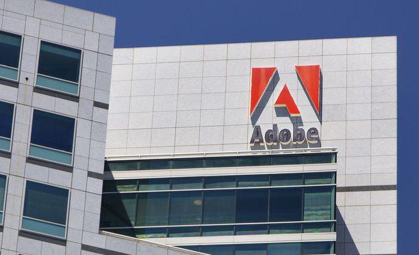 Adobe paikkailee haavoittuvuuksiaan.