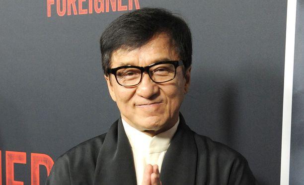 Toimintaelokuvien sankari Jackie Chan myöntää olleensa nuorempana ikävä ihminen.