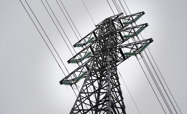Carunan verosuunnittelu ja sähkön siirtohinnat ovat kuohuttaneet.