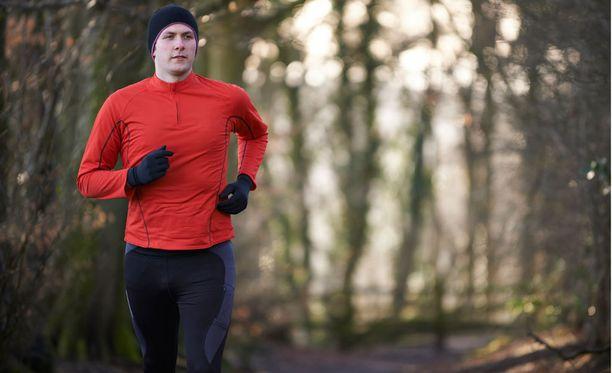 Lämmittely ehkäisee lihasrevähdyksiä ja nyrjähdyksiä.