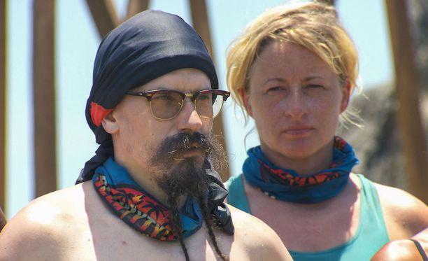 Juhana löytää Katjasta myös hyviä puolia, samoin Katja Juhanasta.