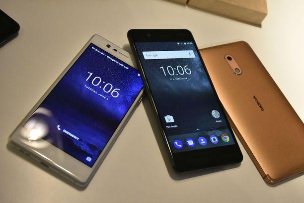 Edullisinta Nokia 3 -puhelinta on jo päästy toimittamaan, mutta Nokia 5 ja 6 antavat vielä odottaa itseään.