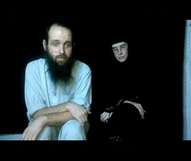 Caitlan Coleman ja Joshua Boyle yhdellä vankeusaikana tehdyllä videolla.