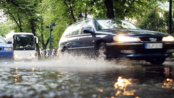 VARO! Vesieste saattaa olla syvempi kuin miltä se näyttää.