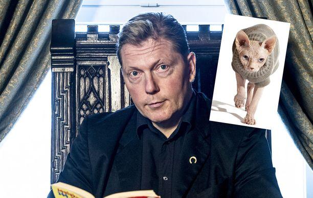 Vesa Keskisen mukaan Sfinx-kissat tykkäävät lämpöisistä suihkuista ja jopa saunomisesta.