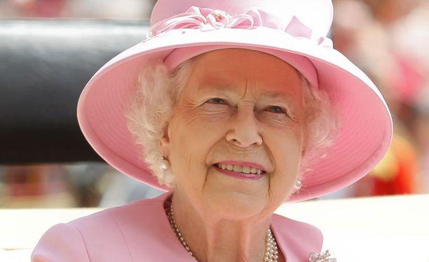 Elisabet kruunattiin kuningattareksi tasan 60 vuotta sitten.