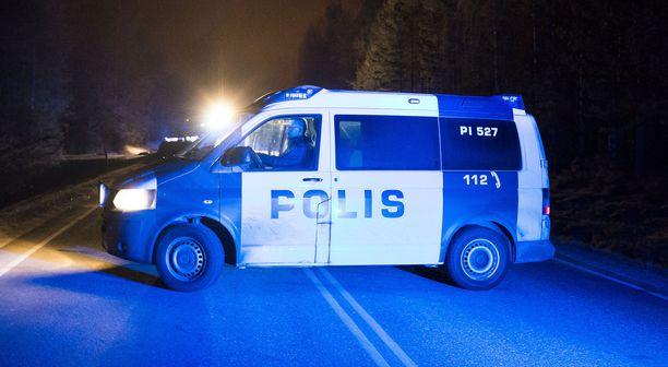 Kuorma-autokuljettajan kuolemaan johtanut onnettomuus tapahtui myöhään tiistai-iltana. (Arkistokuva.)
