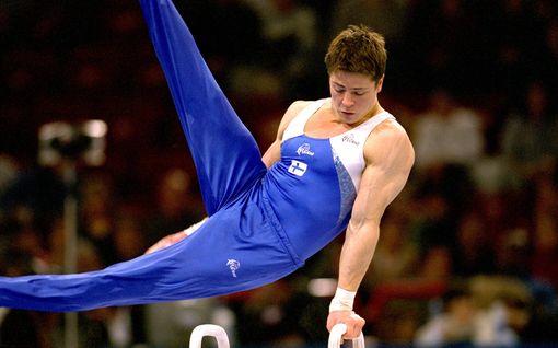 """""""Helvetinkone"""" piti Suomen huippuvoimistelijan hengissä onnettomuuden jälkeen – halusi pahimpina hetkinä päättää elämänsä: """"Se on vaikeaa tehdä ilman käsiä"""""""