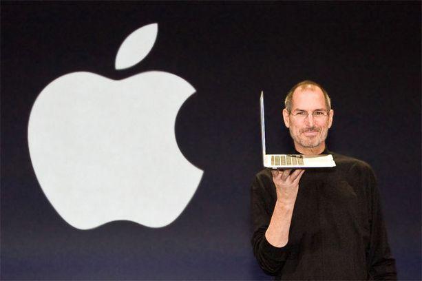 Steve Jobs nosti Applen kuilun partaalta yhdeksi maailman tunnetuimmista yrityksistä.