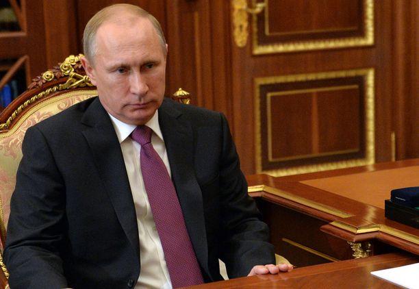 """Putin on suurlähettilään mielestä kuin """"kiusaava lapsi"""", joka isomman oikeudella ottaa haluamansa."""