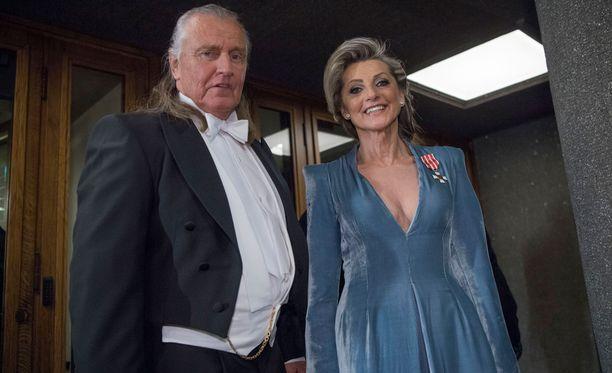 Kike on ollut naimisissa puolisonsa Kimmon kanssa vuodesta 1978.