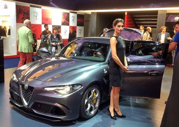 Giulia sai Frankfurtin autonäyttelyssä paljon huomiota osakseen.