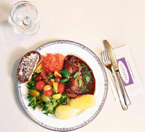 Syömällä tämän mallin mukaan saat ravitsemuksellisesti kaiken tarvitsemasi.