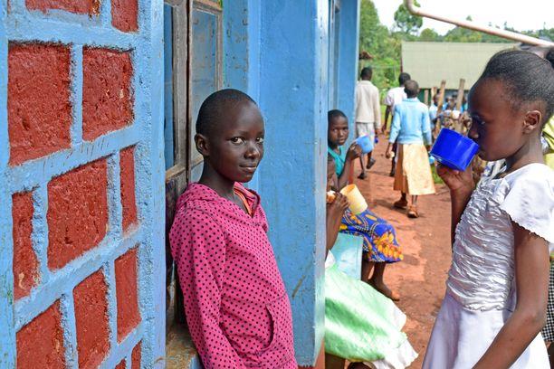 Silpomisen sesonkiaikana järjestettävillä turvaleireillä tytöt ovat turvassa julmalta toimenpiteeltä.